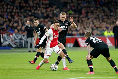 Als Ajax aanvalt, doet het dit telkens tegen een serieuze overmacht... © De Brouwer