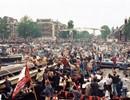 De Amsterdamse grachten puilen uit tijdens de huldiging in 1995. © Ajax Images