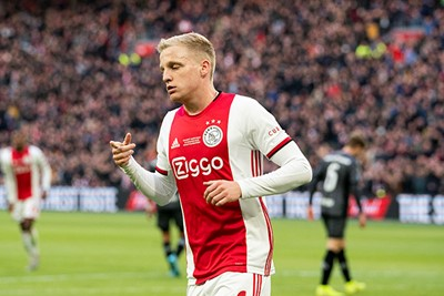 AMSTERDAM, 19-01-2020 JohanCruyff Arena , Dutch Eredivisie Football season 2019 / 2020 .  Ajax player Donny van de Beek  is celebrating the 1-0 during the match Ajax - Sparta Rotterdam