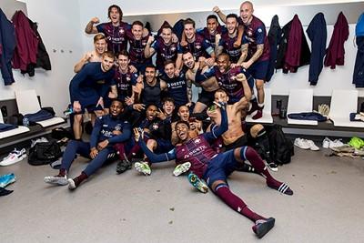 AMSTERDAM - 06-12-2019, Johan Cruijff Arena Dutch football, Eredivisie season 2019-2020. Willem II players celebrating the win during the match Ajax - Willem II. Final score 0-2.
