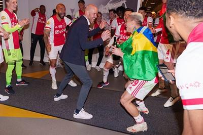Er zijn boze tongen die beweren dat Ten Hag niet met Zuid-Amerikanen kan omgaan. © AFC Ajax