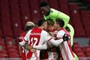 Meeslepende topper tussen Ajax en PSV in toffe plaatjes gevangen