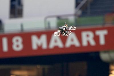 Ajax - PSV was ook de wedstrijd van de drone. © De Brouwer