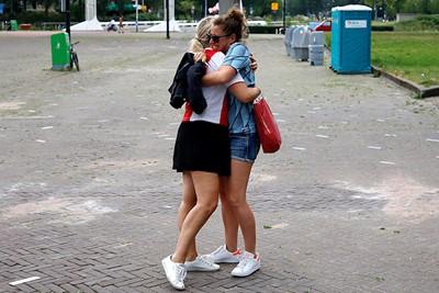 Wanneer je blij bent dat je weer samen naar Ajax mag! © De Brouwer