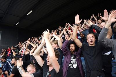 Wie gaat niet op Ajax prat!? © De Brouwer
