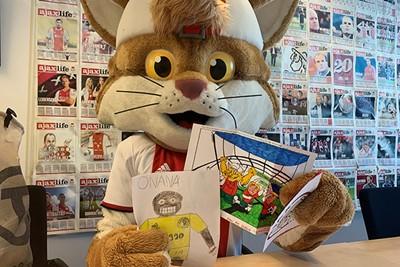 We kunnen flink wat oudere SV Ajax-leden opvrolijken! © Ajax Kids Club