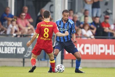 Nous, we gaan er toch wel uitkomen met de onderhandlingen, hè? © AFC Ajax