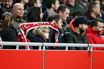 Voor wie? Voor Ajax Amsterdam! © De Brouwer