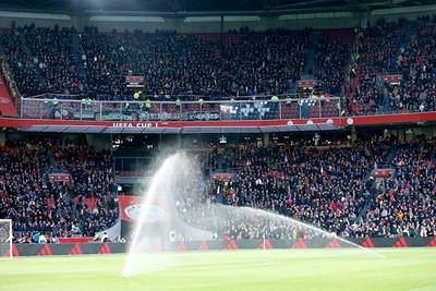 Goed dat PSV ook in moeilijke tijden wordt gesteund. En hoorbaar ook. © De Brouwer