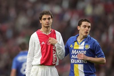 2004/05: Charisteas keek een beetje zoals wij vaak keken als hij aan de bal was. © AFC Ajax
