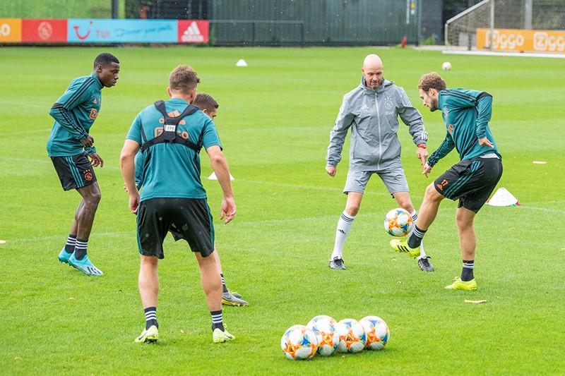 2019-08-12-Ajax-training-046