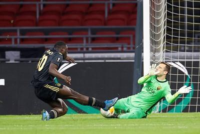 Ook na de tegentreffer krijgt Ajax nog flink wat mogelijkheden. © Pro Shots