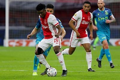 Na vier maanden terug in de basis van Ajax 1. Lekker Kudus! © De Brouwer