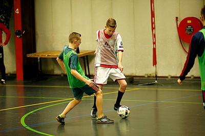 Ajax-thuis tegen Ajax-uit. © De Brouwer
