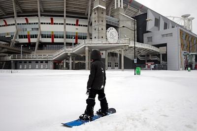 Nee, het is geen grapje. Je kunt serieus snowboarden. © De Brouwer