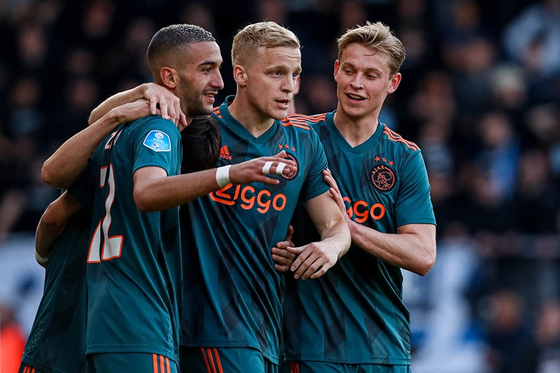 Blog-1200-ziyech-frenkie-beek