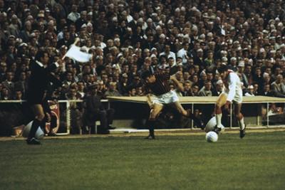 In zijn eerste Europese finale, tegen AC Milan. © SV Ajax / Guus de Jong