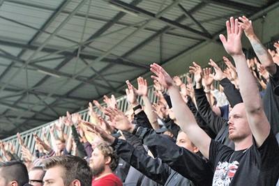 Handen, handen, handen!! © Ajax Life