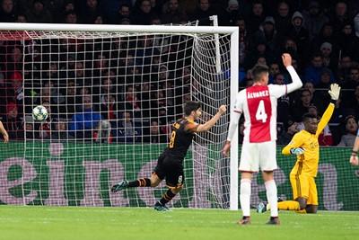 AMSTERDAM, 10-12-2019 , JohanCruyff Arena, season 2019 / 2020 of the UEFA Champions League between Ajax and FC Valencia. Valencia scores the 0-1