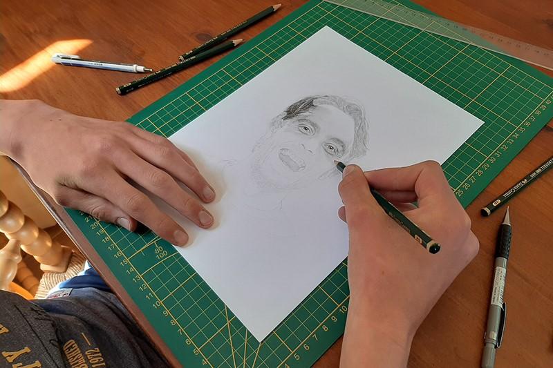 drawinglarscar