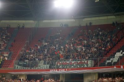 Aan het aantal meegereisde NEC'ers kunnen veel clubs een voorbeeld nemen. © De Brouwer