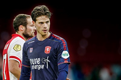 Speelt Pierie een keertje goed... doet-ie dat uitgerekend tegen Ajax! © Pro Shots