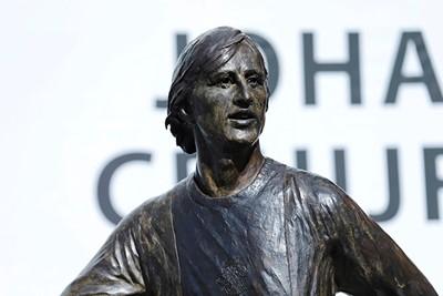 Ongekende details, zo van dichtbij! © Deze man verdient een standbeeld