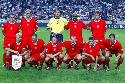 Jemig mannen, wat een rommelige elftalplaat! © Ajax Images