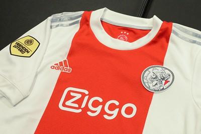 Dit is een klassiek shirtje, hoor! © Ajax Life