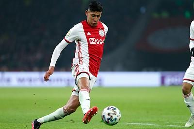 Álvarez mag starten in de verdediging en lijkt te moeten werken aan zijn snelheid. © De Brouwer