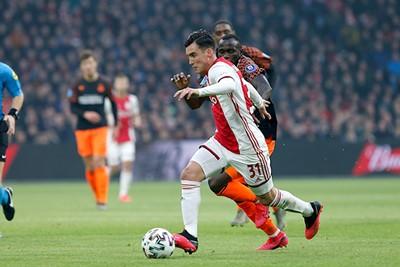 Schijn bedriegt helaas en dus moet Ajax blijven jagen op de openingstreffer. © De Brouwer