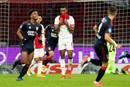 Ajax incasseert stevige tik op de neus van FC Twente...