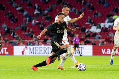 Deze Mazraoui voetbalt stukken leuker dan die van vorig jaar! © Pro Shots