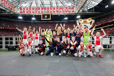 Ajax Kids Club is niet te evenaren...! © De Brouwer