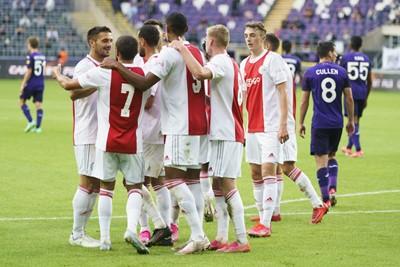 Ajax wint, maar erg veel tegenstand kreeg het niet van Anderlecht. © Pro Shots
