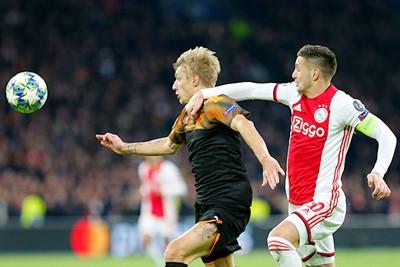Ajax-Valencia-CL2019_76