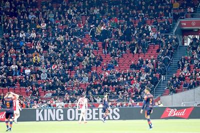 Lang niet iedereen maakt mee dat de eindstand op 3-0 wordt bepaald... © De Brouwer