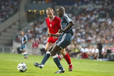 Een rechtsback als Trabelsi was zijn tijd ver vooruit. © Ajax Images