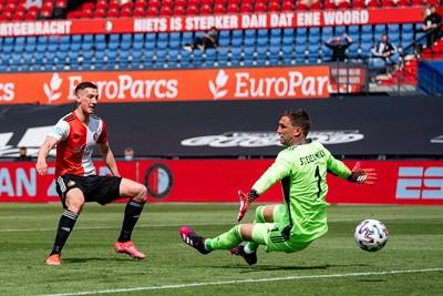 We gniffelen nog steeds bij de gedachte dat Feyenoord drie keer scoorde en tóch verloor. © Pro Shots