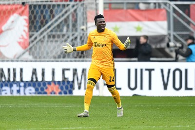 ENSCHEDE, 01-12-2019 , Grolsch Veste , Dutch Eredivisie Football season 2019 / 2020 , Ajax goalkeeper Andre Onana angry after the 2-0 during the match FC Twente - Ajax.