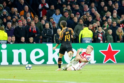Ajax-Valencia-CL2019_79