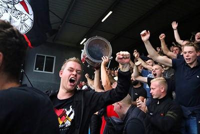 En dus kunnen we juichen! © De Brouwer