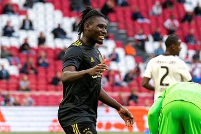 Traoré speelt een dijk van een wedstrijd, heel interessant! © Pro Shots