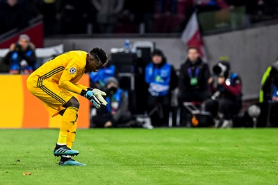 AMSTERDAM, 10-12-2019 , JohanCruyff Arena, season 2019 / 2020 of the UEFA Champions League between Ajax and FC Valencia. Ajax keeper Andre Onana dejected after the lost game