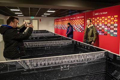 Kijk, hier worden de spelers na de wedstrijd ondervraagd door de media. © Pro Shots