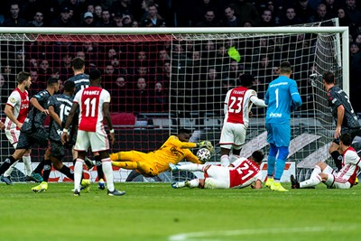 AMSTERDAM, 19-01-2020, football, Johan Cruijff ArenA, Dutch eredivisie, season 2019-2020, safe by Ajax goalkeeper Andre Onana, during the match Ajax - Sparta,  Final score : 2-1