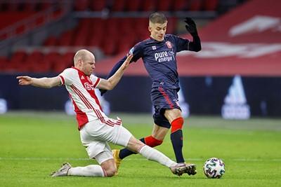 Klaassen met zijn minste optreden in Ajaxshirt tot dusver... © Pro Shots