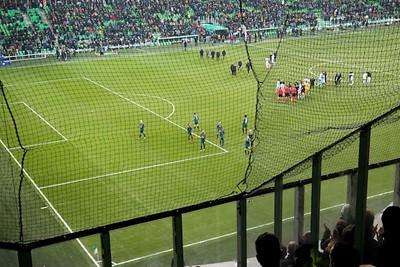 Klaar, Ajax levert de helft van zijn voorsprong in en krijgt en vraagtekens voor terug. © De Brouwer
