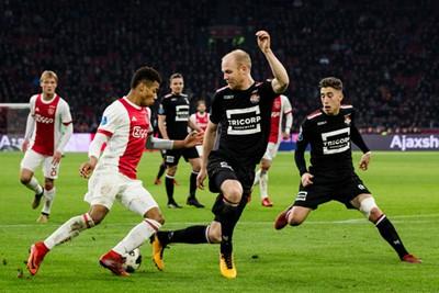 Neres draait de boel lekker dol en produceert zijn mooiste assist in dienst van Ajax